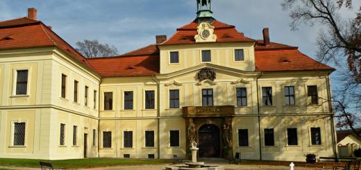 Mirošovský zámek
