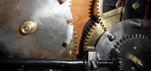 mnisek_hodinový stroj
